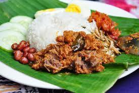 นาซิเลอมัก อาหารประจำชาติมาเลเซีย